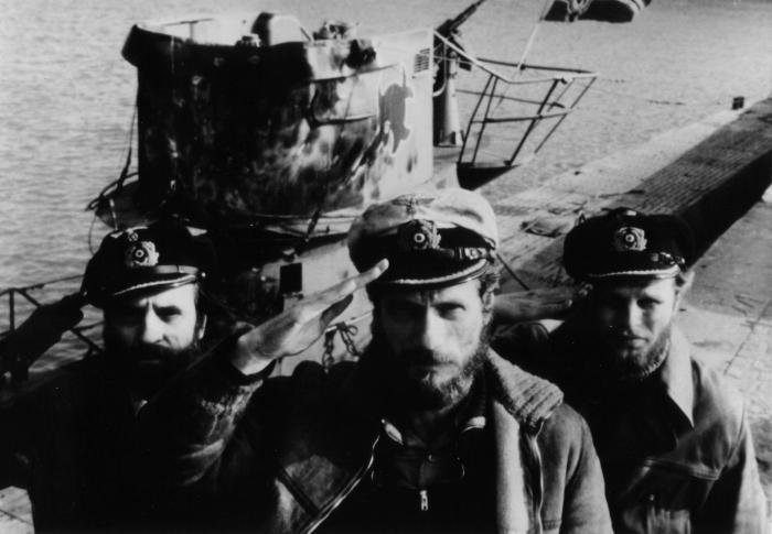 Klaus Wennemann در صحنه فیلم سینمایی زیر دریایی به همراه Herbert Grönemeyer و یورگن پروشنو