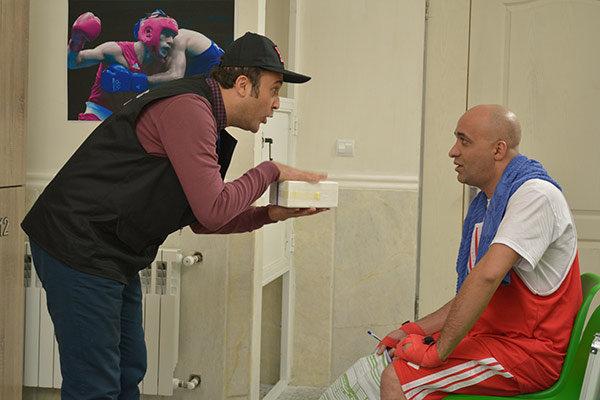 زهیر یاری در پشت صحنه سریال تلویزیونی لژیونر به همراه پیام احمدینیا