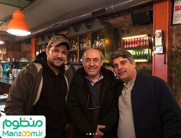 کمال تبریزی در پشت صحنه فیلم سینمایی مارموز به همراه جواد نوروزبیگی و حامد بهداد