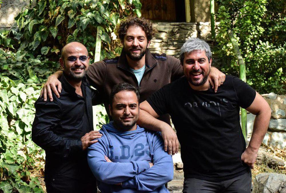 محسن کیایی و بهرام رادان در پشت صحنه فیلم سینمایی چهارراه استانبول