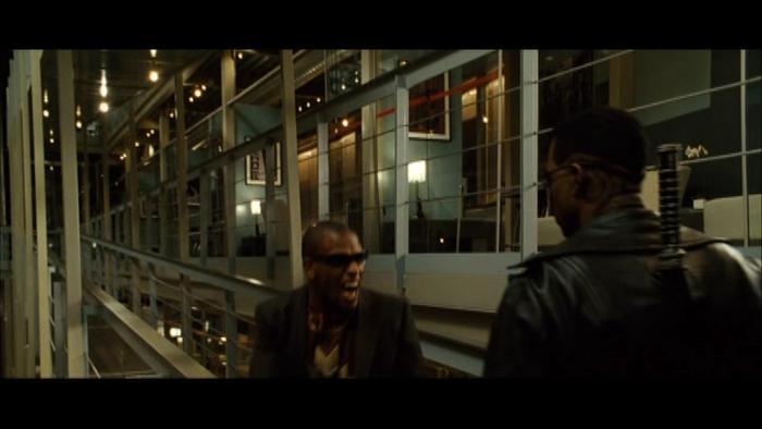Alain Chanoine در صحنه فیلم سینمایی تیغه: سه گانگی