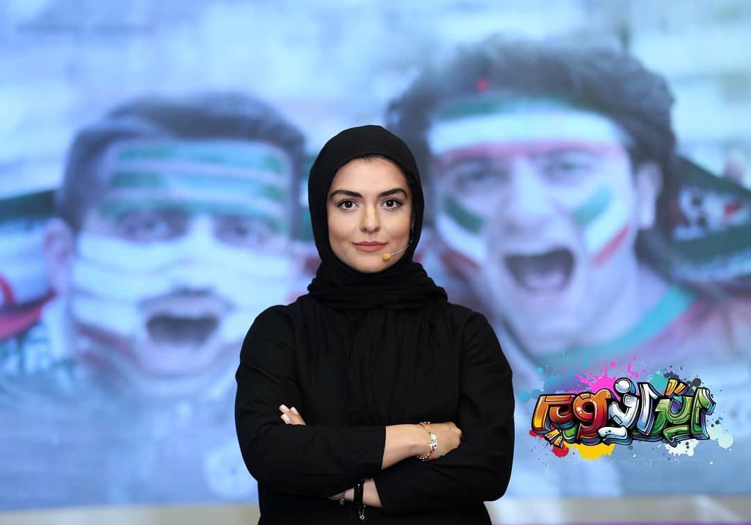 دنیا مدنی در صحنه برنامه تلویزیونی ایرانیوم
