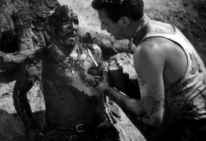 Charles Vanel در صحنه فیلم سینمایی مزد ترس به همراه Yves Montand