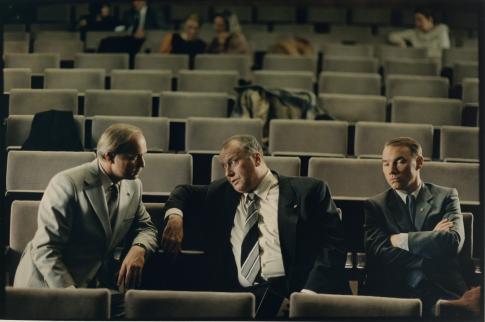 Thomas Thieme در صحنه فیلم سینمایی زندگی دیگران به همراه اولریش توکور و Ulrich Mühe