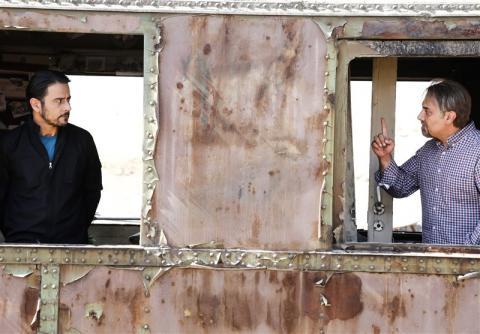 برزو ارجمند و رحیم نوروزی در فیلم سینمایی اشنوگل