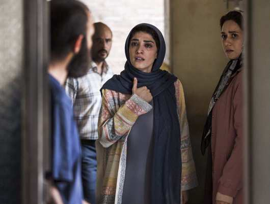 مینا ساداتی در فیلم تابستان داغ