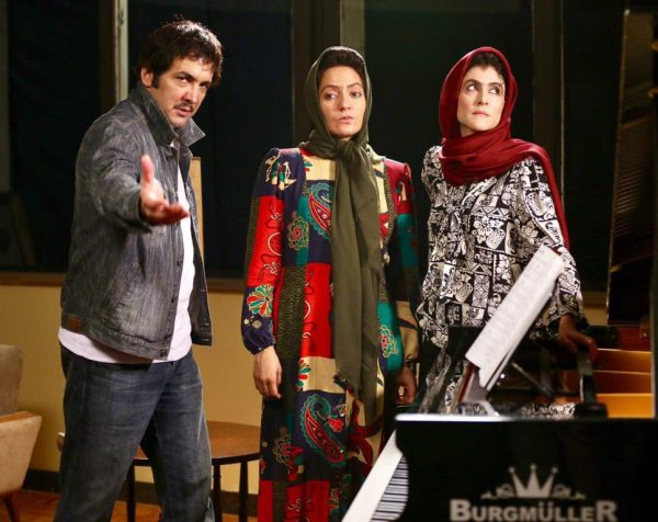 مهناز افشار و حسام نواب صفوی در فیلم نهنگ عنبر 2