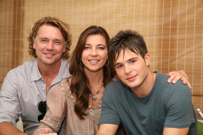 Cassie Scerbo در صحنه فیلم سینمایی Not Today به همراه Cody Longo و John Schneider