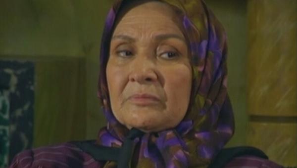 پری امیرحمزه در صحنه سریال تلویزیونی در پناه تو
