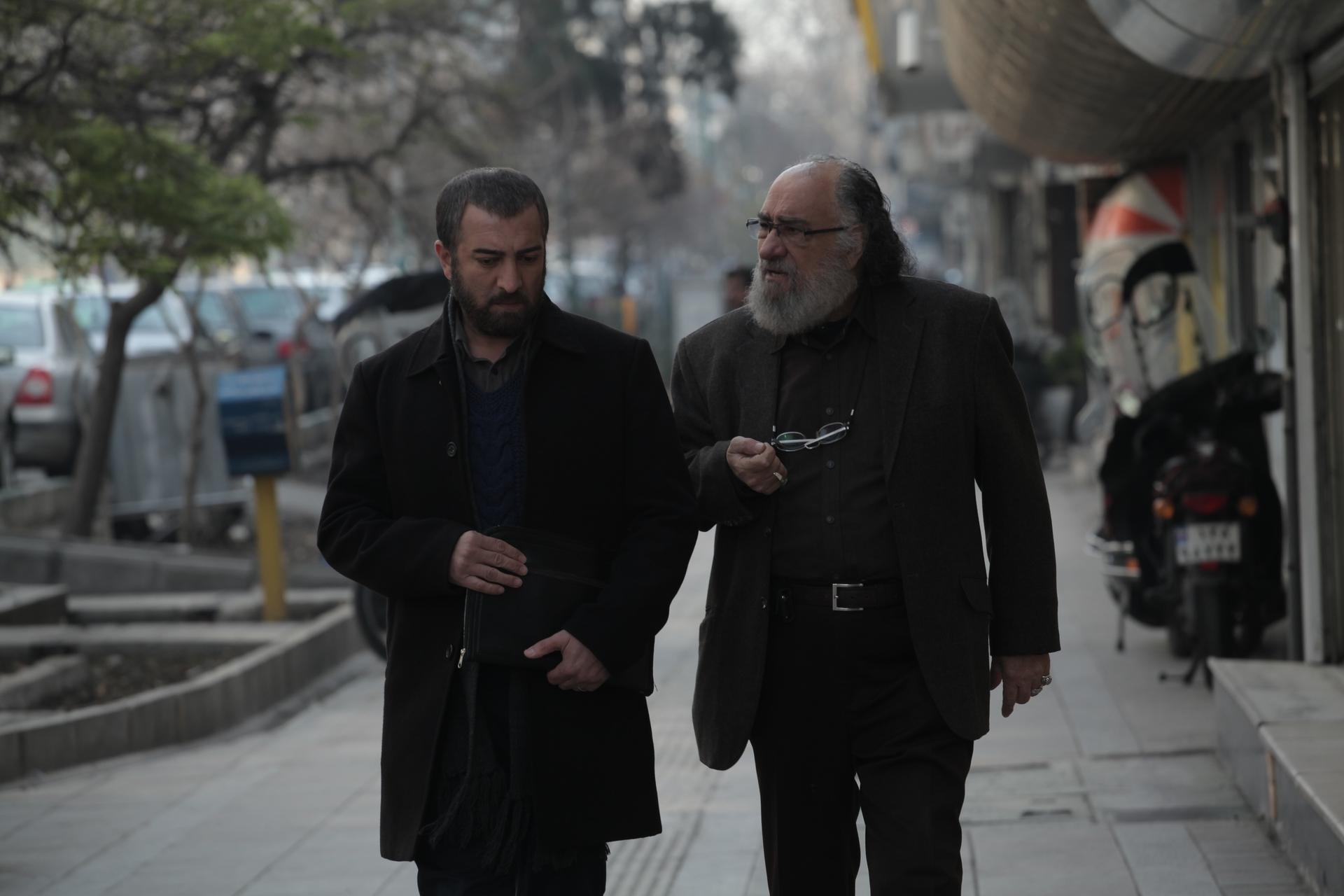 مجید صالحی و داریوش ارجمند در فیلم چراغهای ناتمام