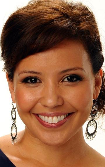 Justina Machado در صحنه فیلم سینمایی پاکسازی: هرج و مرج