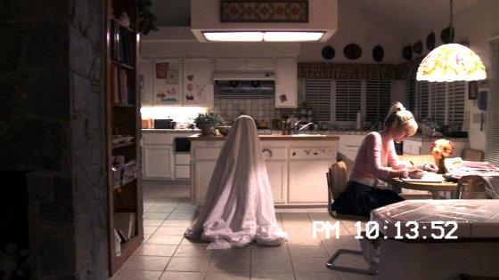 جوهانا بردی در صحنه فیلم سینمایی فعالیت فراطبیعی ۳