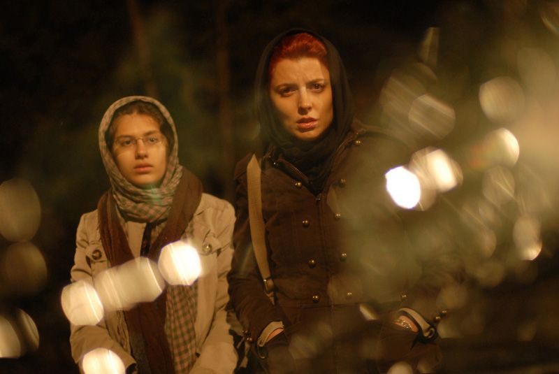 لیلا حاتمی و سارینا فرهادی در فیلم جدایی نادر از سیمین