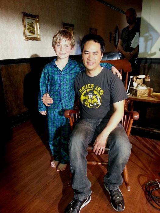 Stanley Yung در صحنه فیلم سینمایی 2 Bedroom 1 Bath به همراه آیدن فلاورز