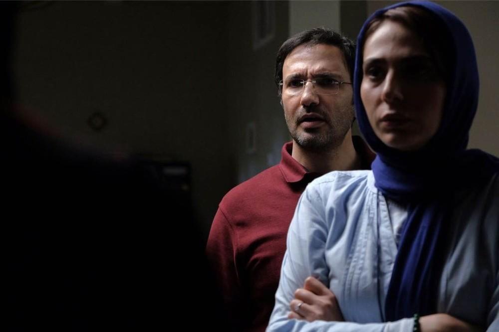محمدرضا فروتن و رعنا آزادیور در فیلم سینمایی مرداد