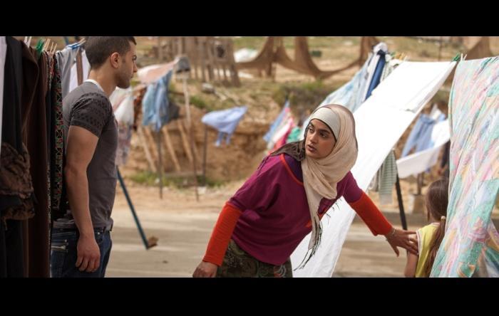 Jalal Masrwa در صحنه فیلم سینمایی Sand Storm به همراه Lamis Ammar