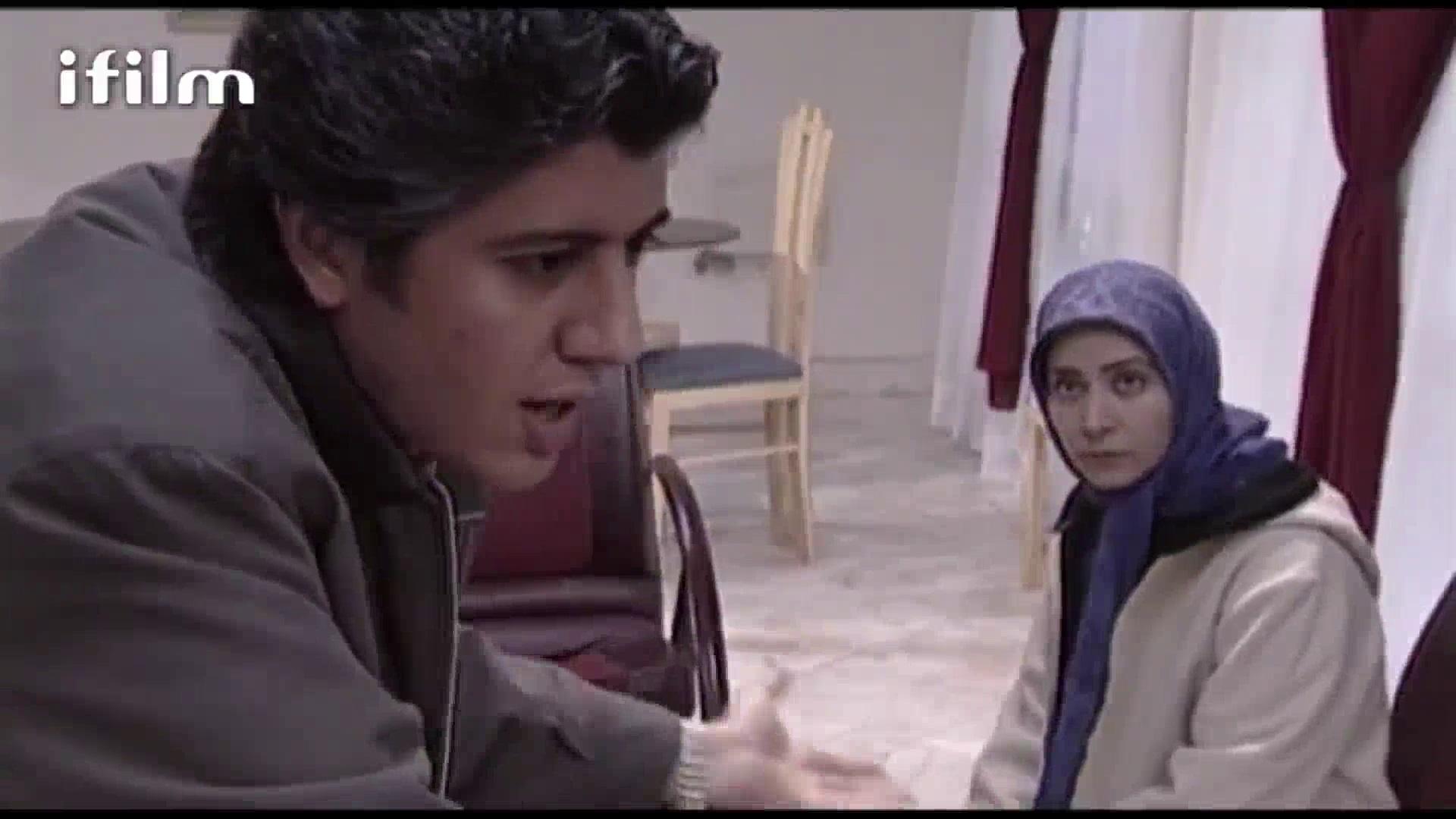 فقیهه سلطانی در صحنه سریال تلویزیونی آهوی ماه نهم به همراه شهرام پوراسد