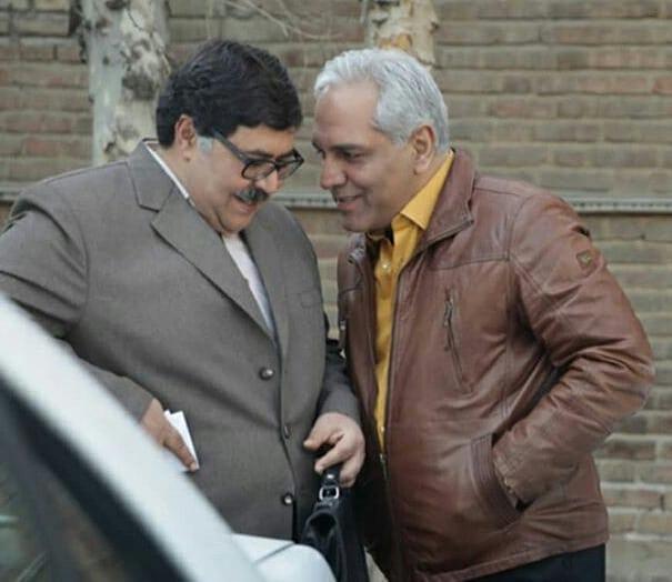 فرهاد اصلانی در پشت صحنه سریال شبکه نمایش خانگی هیولا به همراه مهران مدیری
