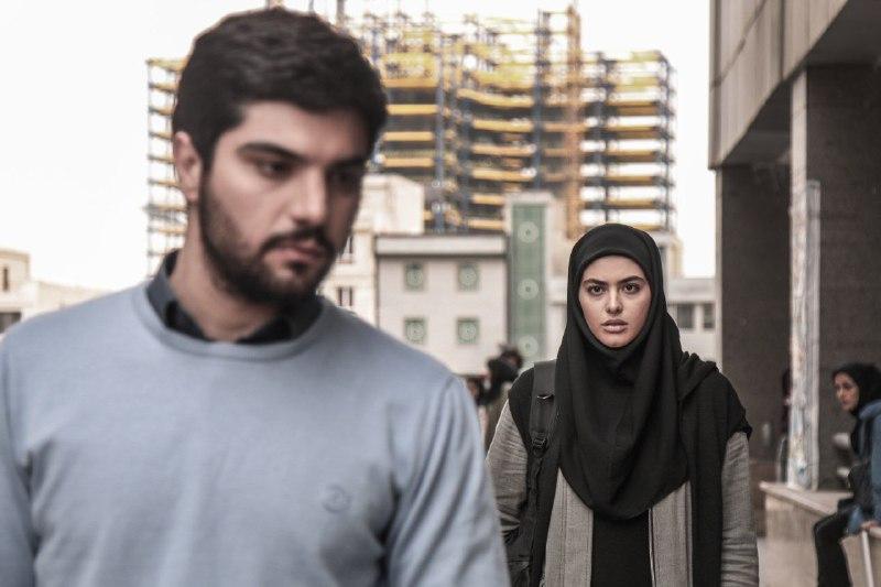ریحانه پارسا و سینا مهراد در سریال پدر