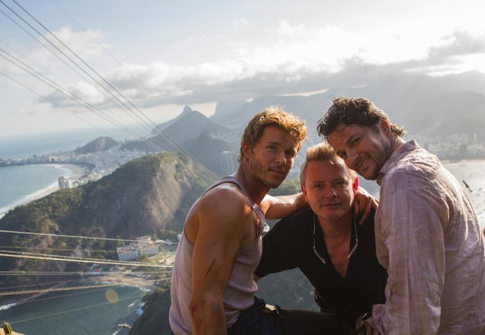 Marcelo Serrado در صحنه فیلم سینمایی Rio, I Love You به همراه Ryan Kwanten و Stephan Elliott