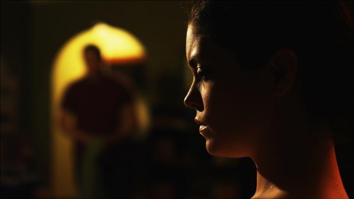 Jeff Garretson در صحنه فیلم سینمایی NightLights به همراه Shawna Waldron