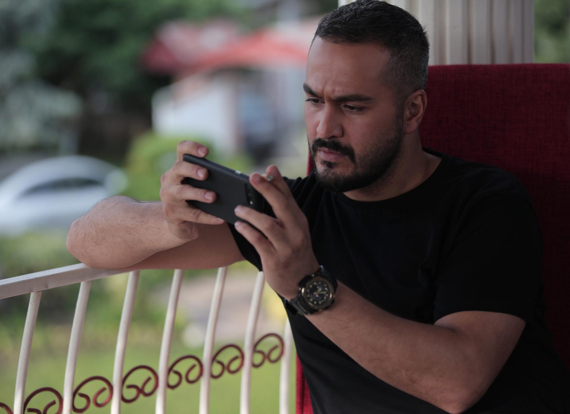 میلاد کیمرام در سریال ممنوعه