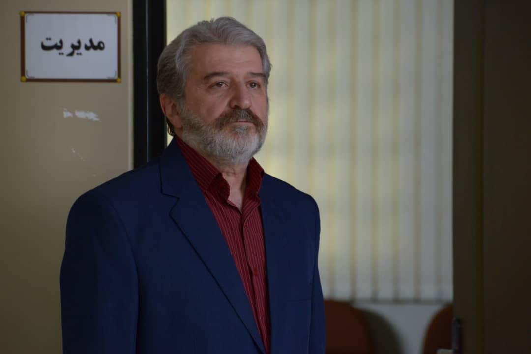 امید روحانی در صحنه فیلم سینمایی هشتگ