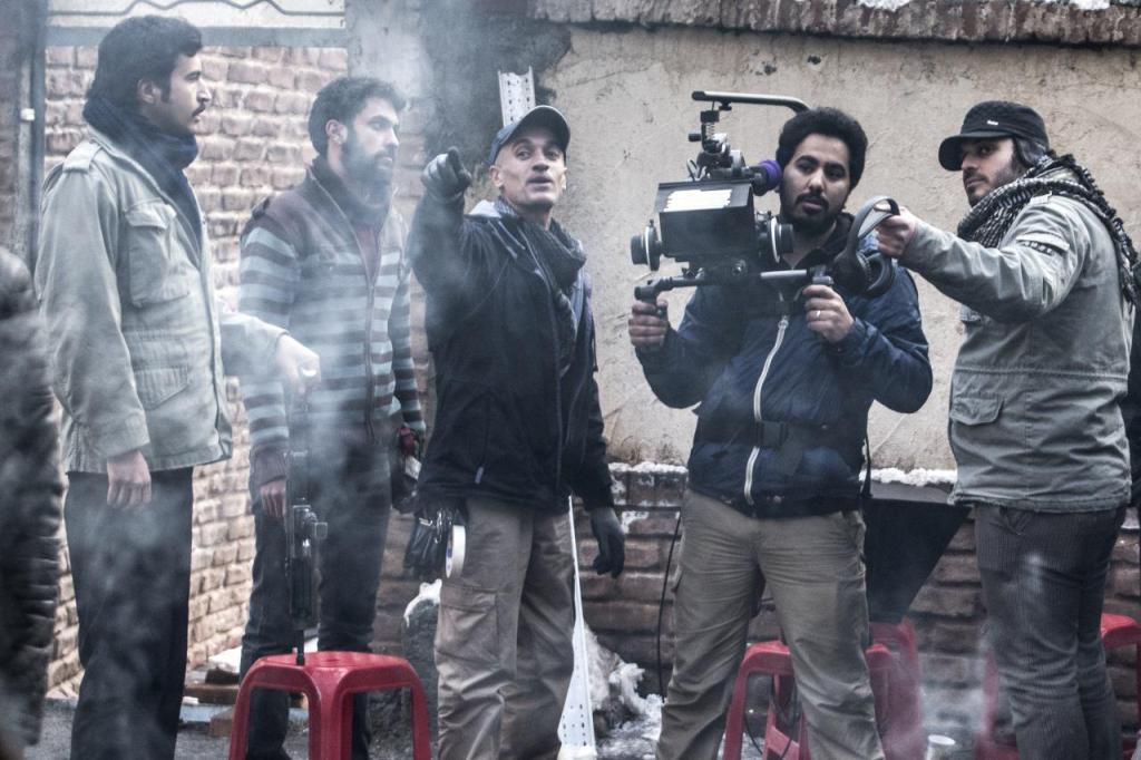 محمد حسین مهدویان در پشت صحنه فیلم ماجرای نیمروز