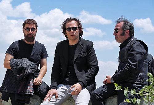 بابک حمیدیان و جواد عزتی در فیلم سینمایی خرگیوش