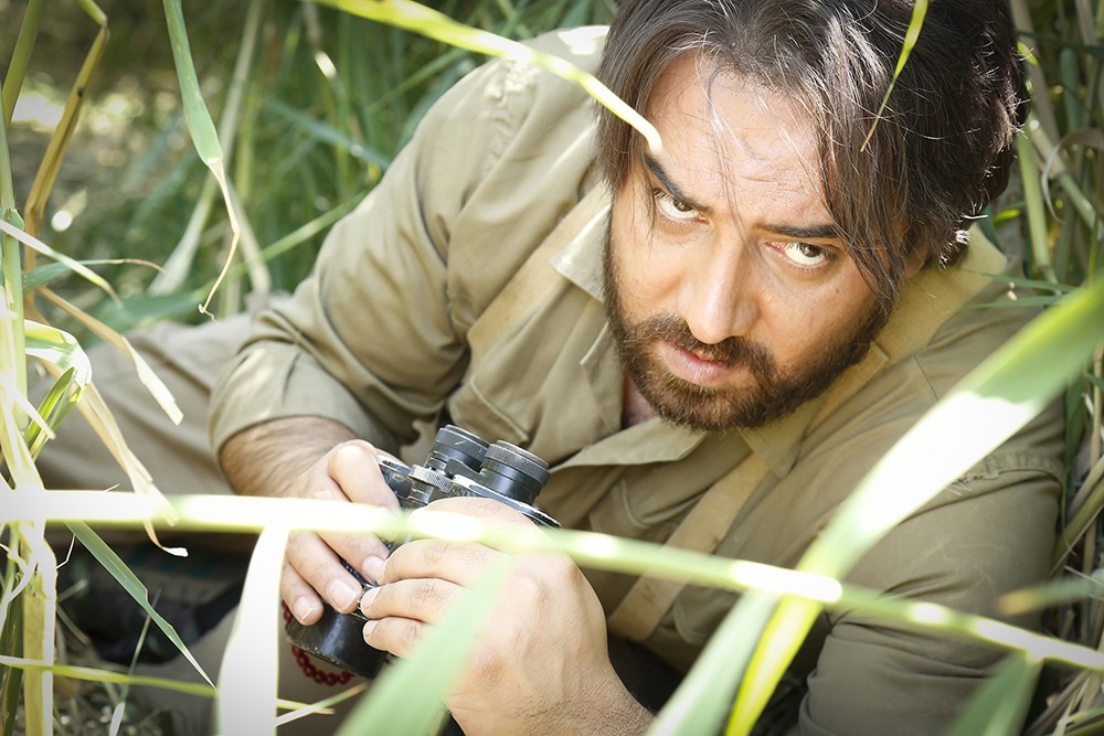 برزو ارجمند در فیلم سینمایی اشنوگل