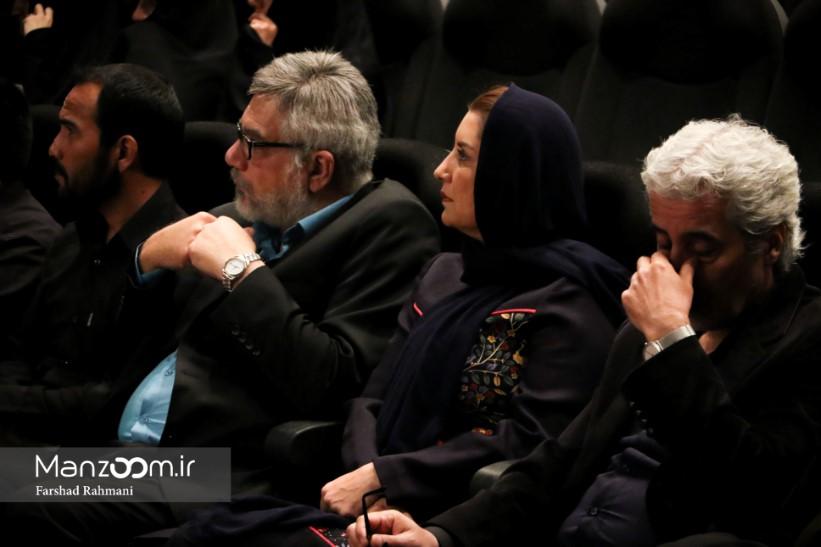 فخرالدین صدیقشریف در اکران افتتاحیه فیلم سینمایی هیهات به همراه فریبا کوثری