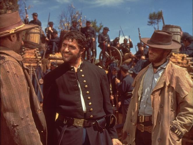 آلدو گیفره در صحنه فیلم سینمایی خوب، بد، زشت به همراه الی والاک و کلینت ایستوود