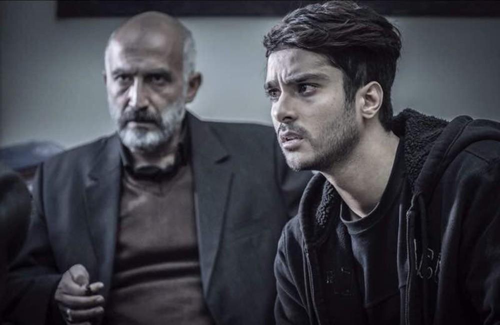 هادی حجازیفر و ساعد سهیلی در فیلم سینمایی لاتاری