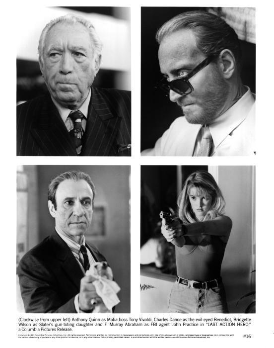 فهرید موری آبراهام در صحنه فیلم سینمایی آخرین حرکت قهرمان به همراه چارلز دنس، آنتونی کوئین و Bridgette Wilson-Sampras
