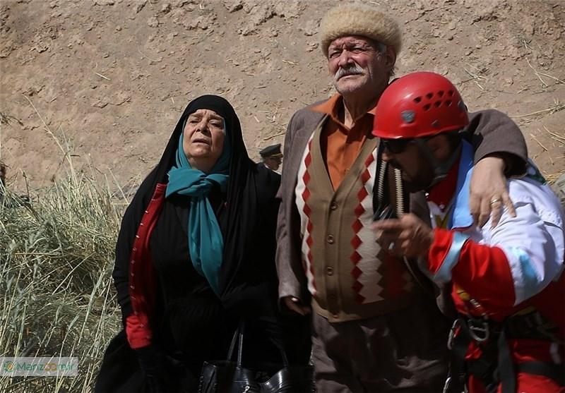 زهره صفوی در صحنه سریال تلویزیونی آسمان من به همراه آتش تقیپور