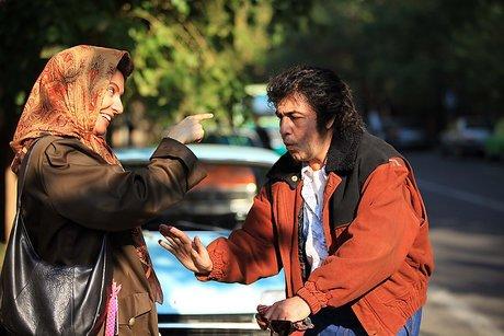 مهناز افشار و رضا عطاران در فیلم نهنگ عنبر 2