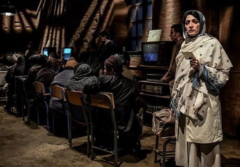 مینا ساداتی در فیلم سینمایی سرو زیر آب