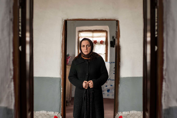 نسرین بابایی در صحنه فیلم تلویزیونی پاییز