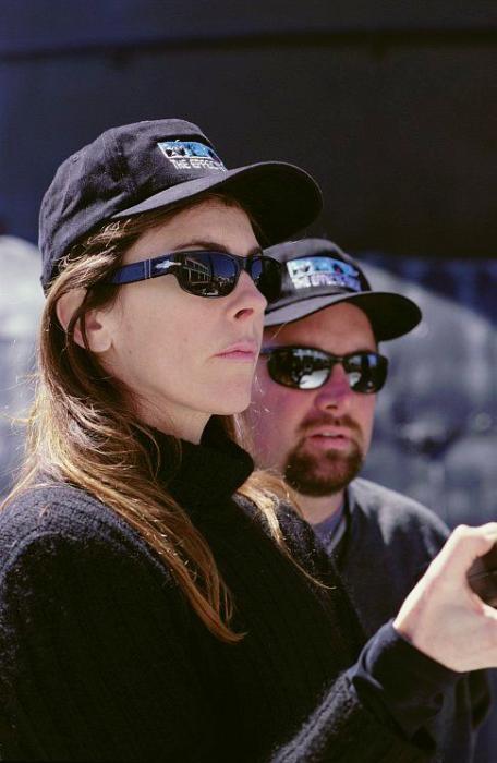 Jeff Cronenweth در صحنه فیلم سینمایی کی-19: دام مرگ به همراه کاترین بیگلو
