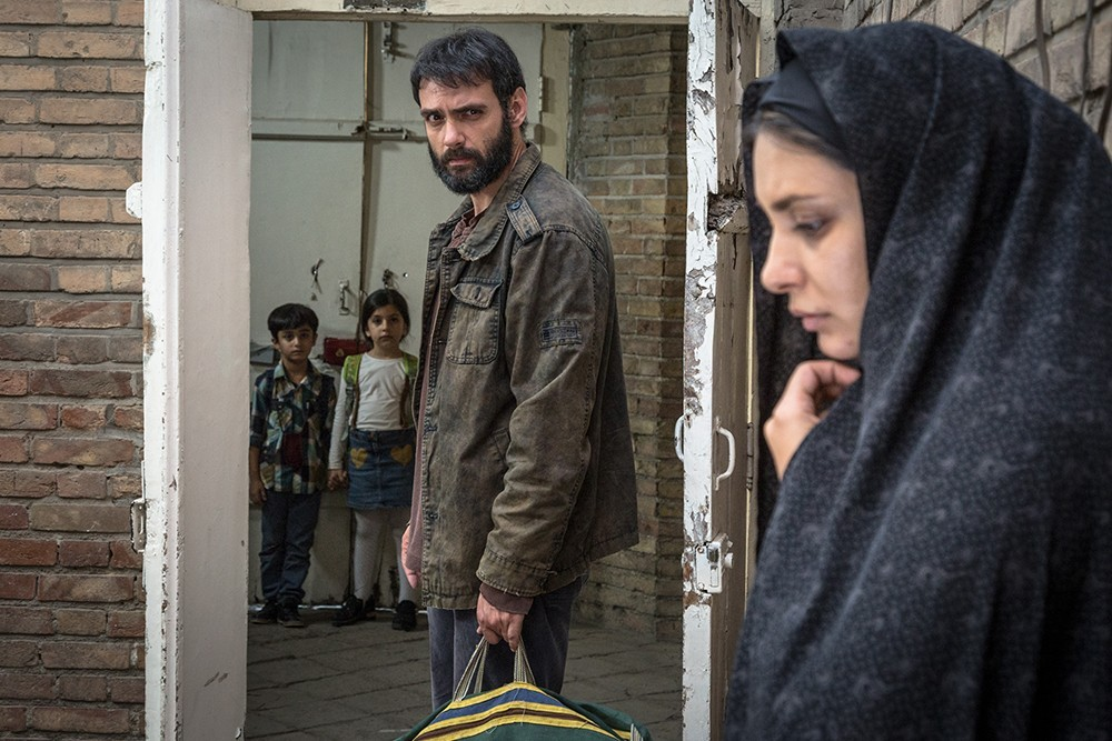 امیرعلی دانایی و لیندا کیانی در فیلم انزوا