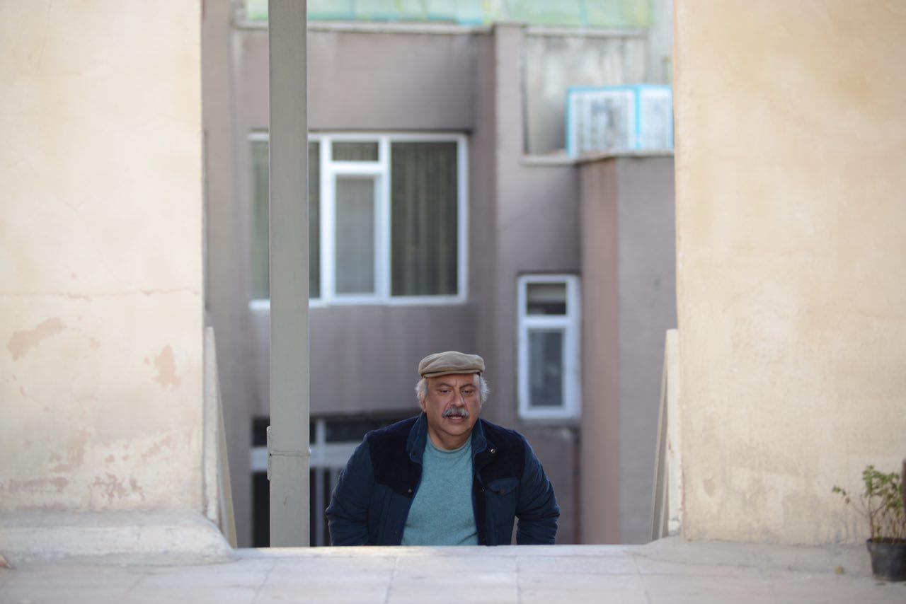 Excuse' moi نقد مسعود فراستی بر فیلم سینمایی فروشنده