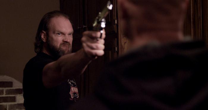 Tyler Mane در صحنه فیلم سینمایی Compound Fracture