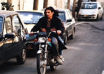 سعید امینی در صحنه فیلم سینمایی نفس عمیق