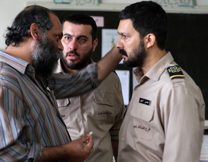 حامد بهداد و محسن کیایی در فیلم سد معبر