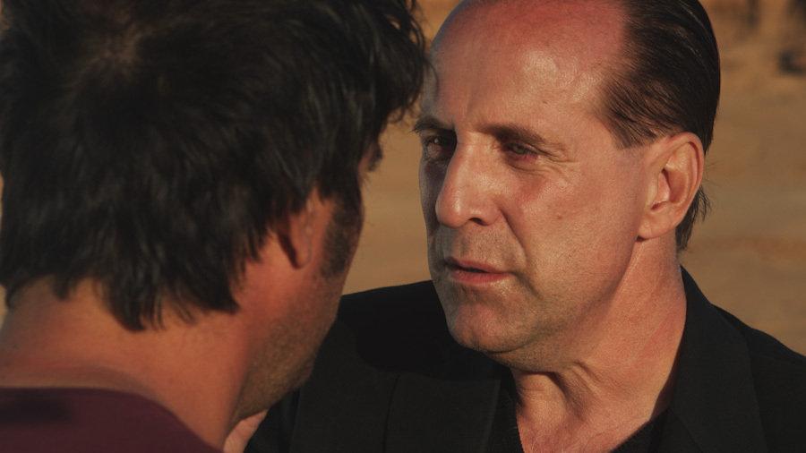 Jsu Garcia در صحنه فیلم سینمایی The Wayshower به همراه پتر استورماره