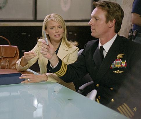 Faith Ford در صحنه فیلم سینمایی وقتی گروهبان پرستار بچه می شود به همراه Chris Potter