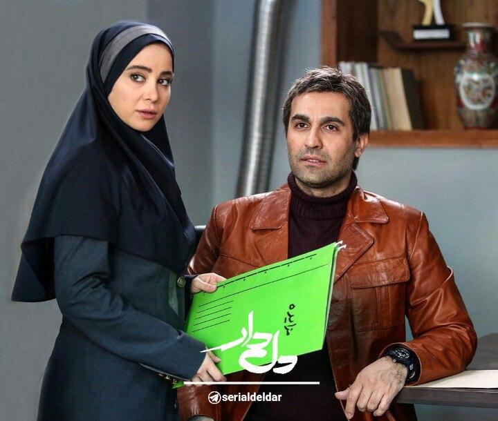 نیما رئیسی در صحنه سریال تلویزیونی دل دار به همراه الناز حبیبی