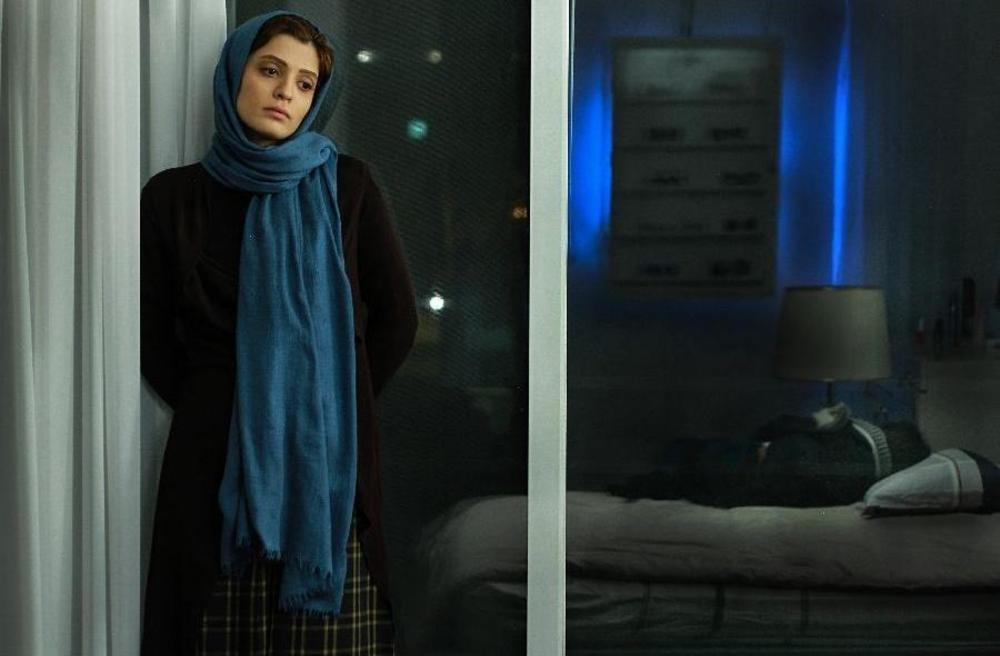 بهار کاتوزی در فیلم سینمایی شنل