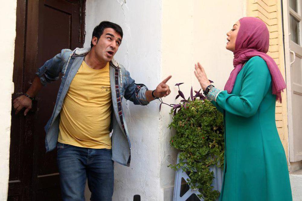 سحر قریشی و یوسف تیموری در فیلم پا تو کفش من نکن