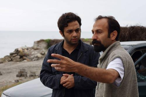 اصغر فرهادی و صابر ابر در پشت صحنه فیلم درباره الی